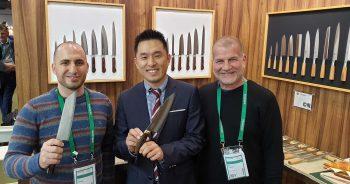 צוות היקארי סכיני שף בתמונה עם סאנקראפט