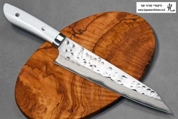 סכין קיריצ'וקא מבית טאקשי סאג'י