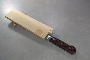 """מגן עץ (Saya) לסכין ירקות (נקירי) יאמאוואקי 165 מ""""מ"""