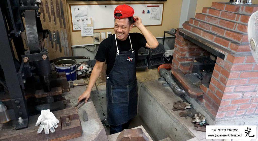 יו קורוסאקי בעמדת החישול החם