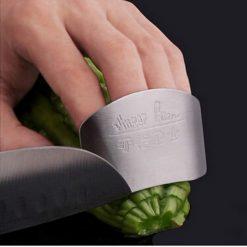 finger guard metal 2